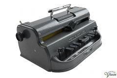 Perkins Standard LT mechanische brailleschrijfmachine.